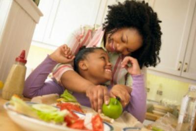 crianças felizes, pais e filhos, dona de casa, mãe, atenção, ter a atenção dos filhos