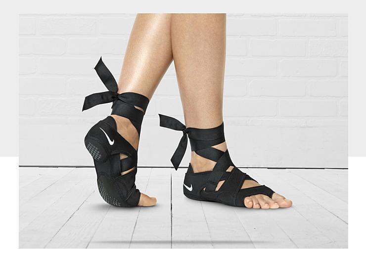 Nike Fancing Shoes
