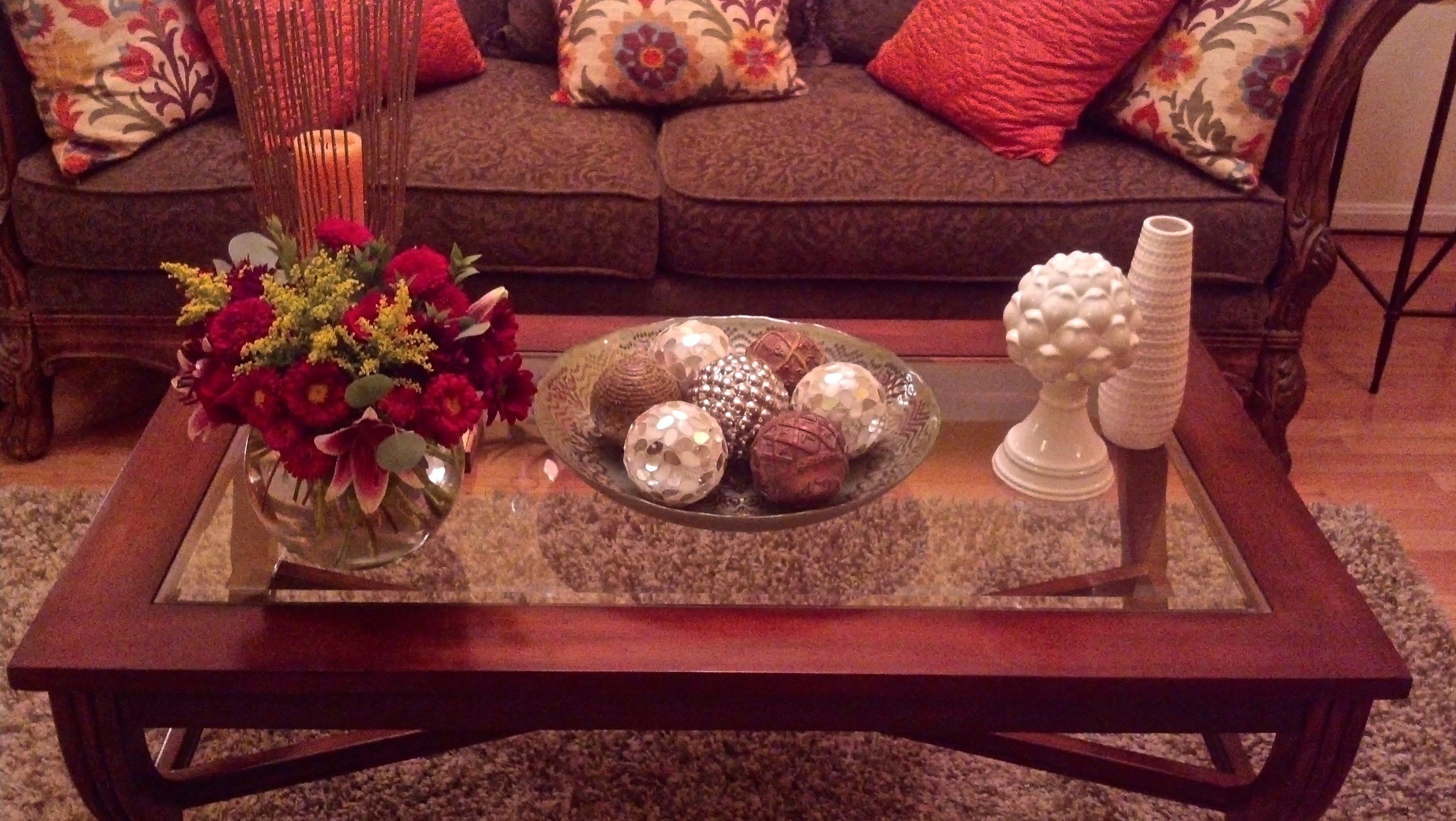 coffee table tablescapes