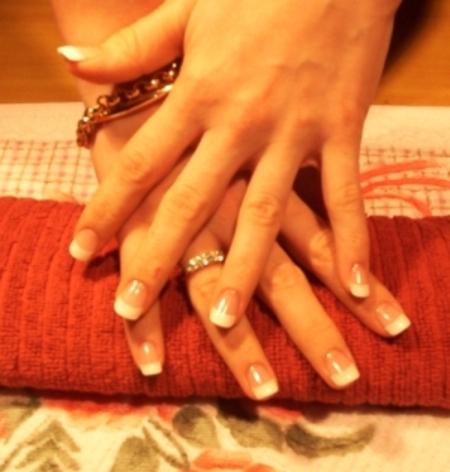 HotNESS or HotMESS?? (SM): Acrylic Nails